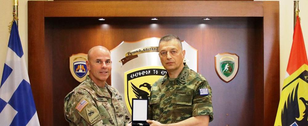 Συνάντηση Αρχηγού ΓΕΣ με τον Διοικητή της 10ης Στρατιωτικής Διοίκησης Εναέριας και Πυραυλικής Άμυνας του Στρατού των ΗΠΑ, στην Ευρώπη